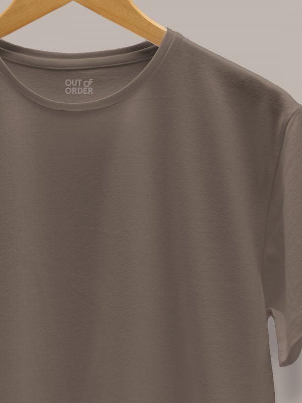 Men's Mud Colour T-shirt close up